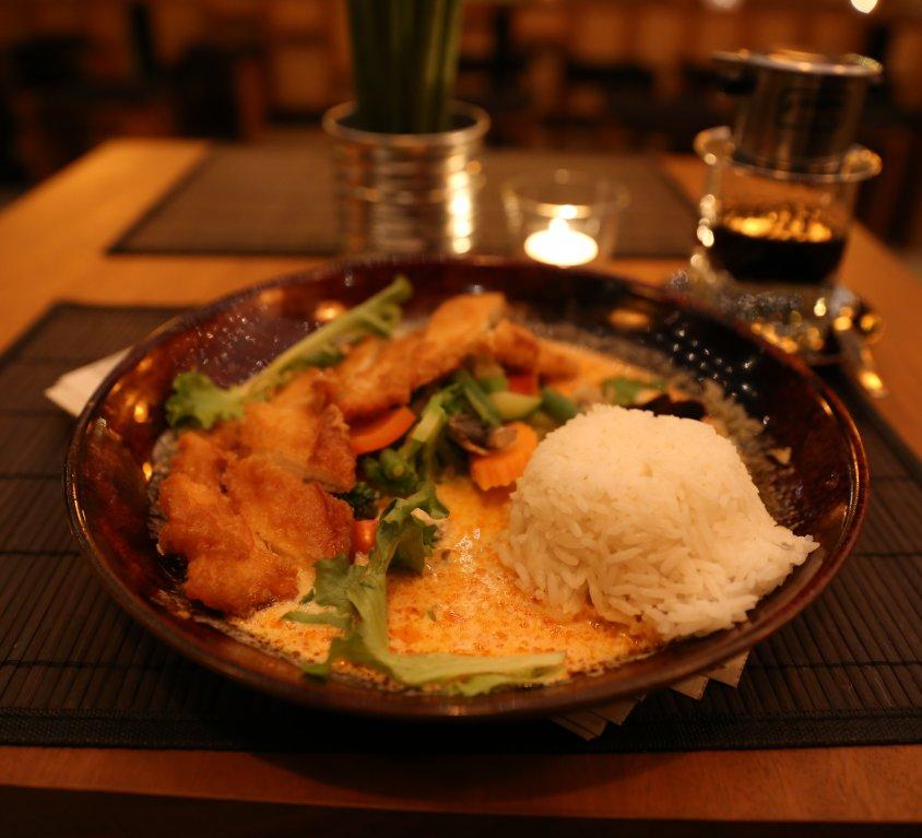 Hähnchen Kokos-Curry